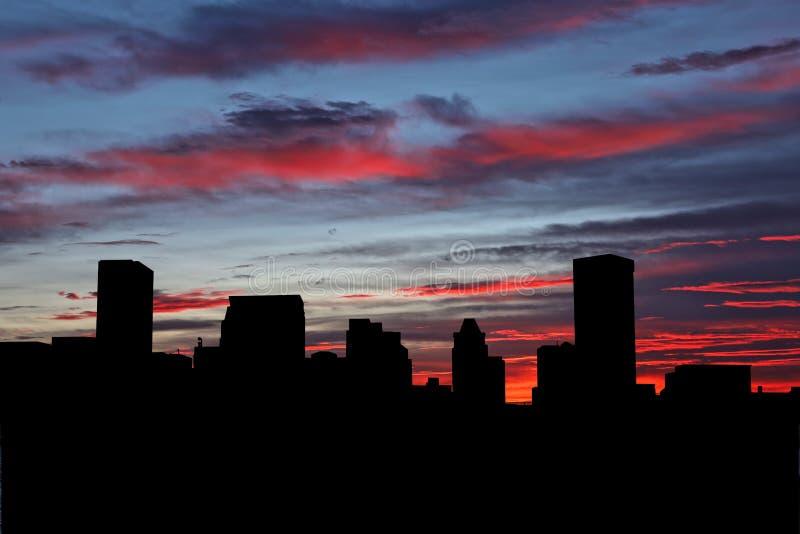Baltimore skyline vid solnedgång arkivbilder