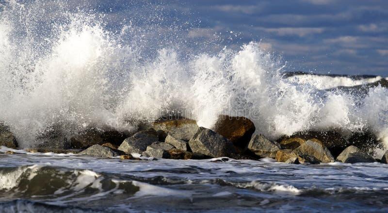 Baltisch. Onweer op zee stock foto's