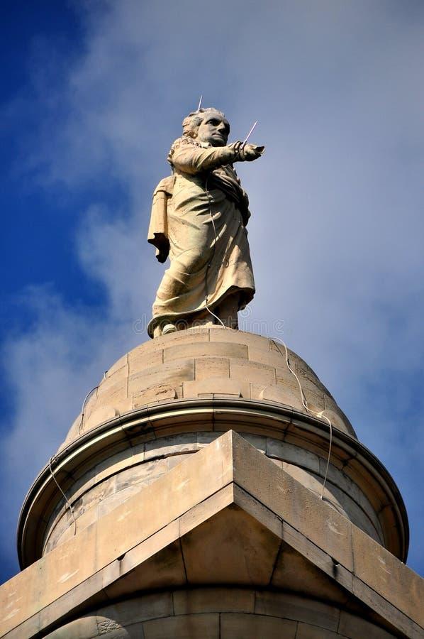 Baltmore, Doctor en Medicina: George Washington Statue fotos de archivo