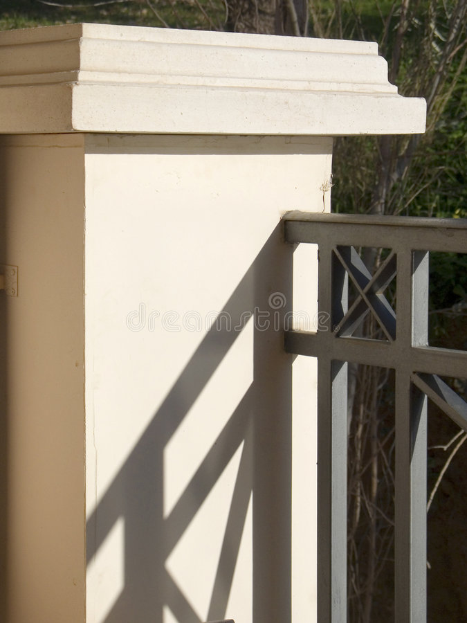 Free Baluster Contrasty Detail Stock Photo - 654280