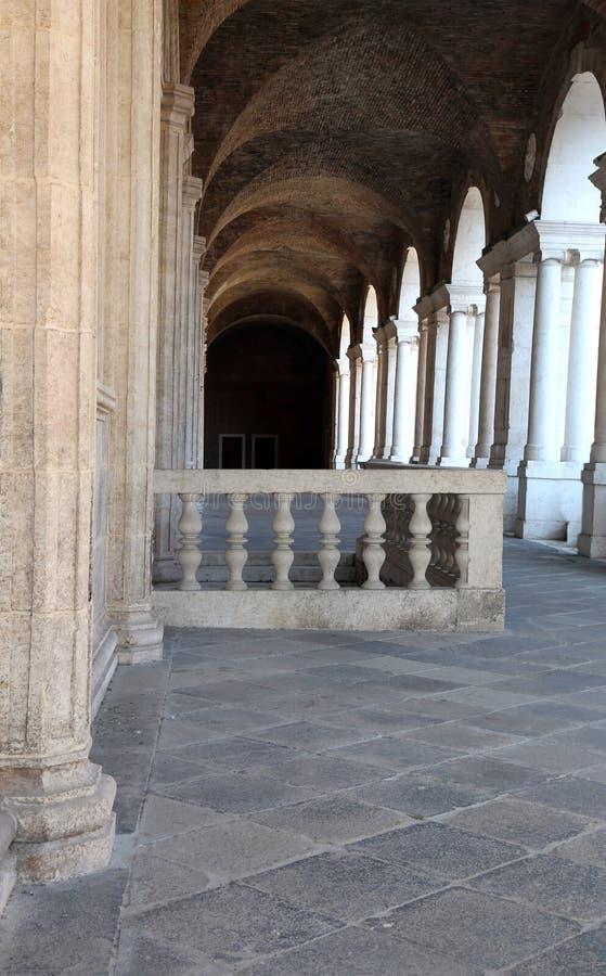 balustrade de la basilique de Palladian dans la ville de Vicence dedans I photographie stock