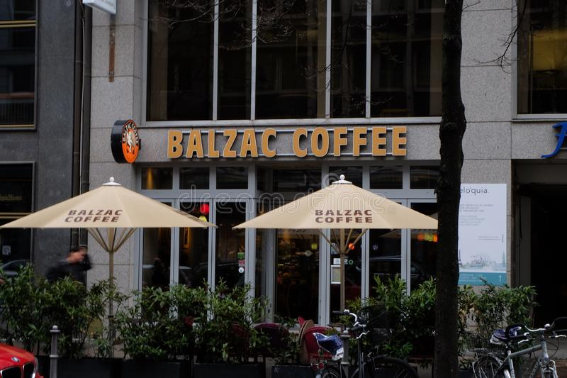 Balzac-Kaffeestube Front View in Frankfurt stockfotos