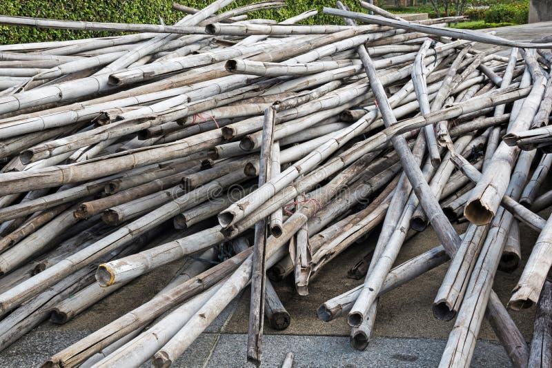 Bambú viejo de la pila imagen de archivo libre de regalías