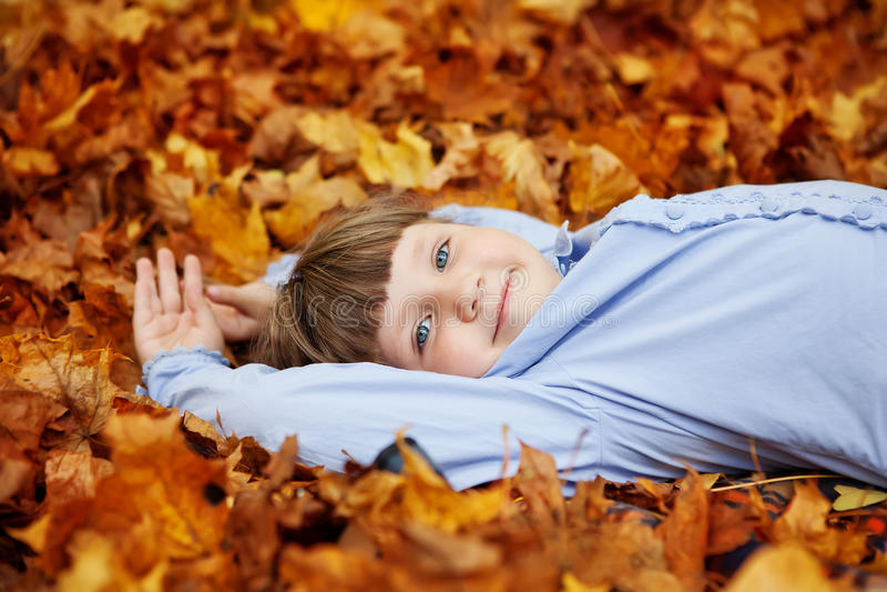 Bambina adorabile immagine stock