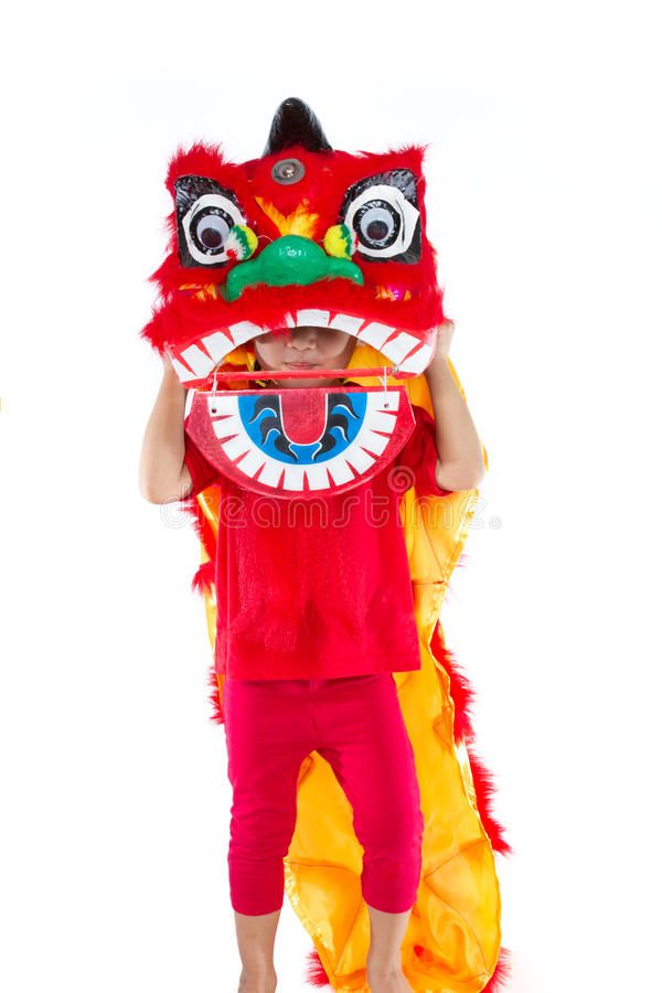 Bambina asiatica in cinese Lion Custome Dance During Chinese N fotografie stock