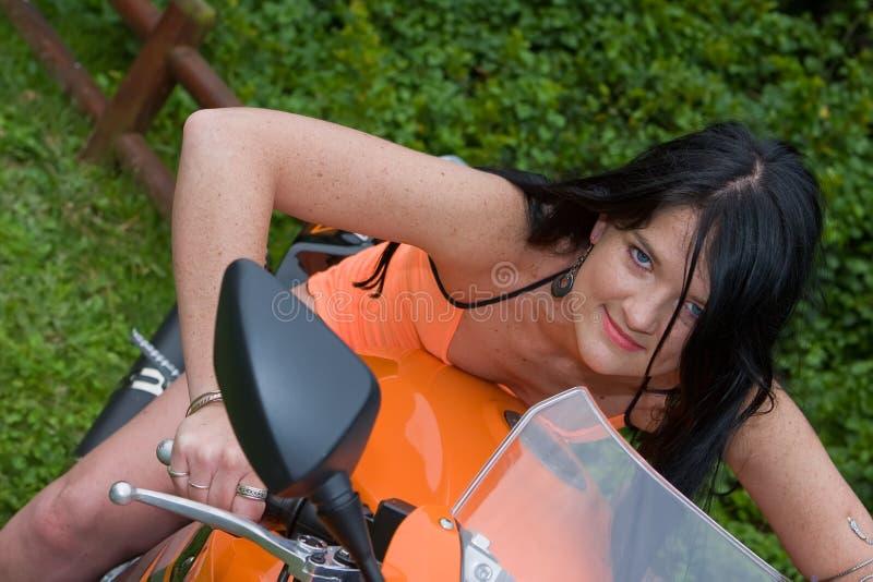 Bambina del motociclista fotografie stock libere da diritti
