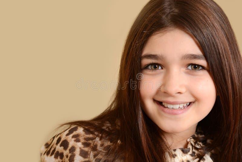 Bambina di colpo in testa fotografie stock libere da diritti