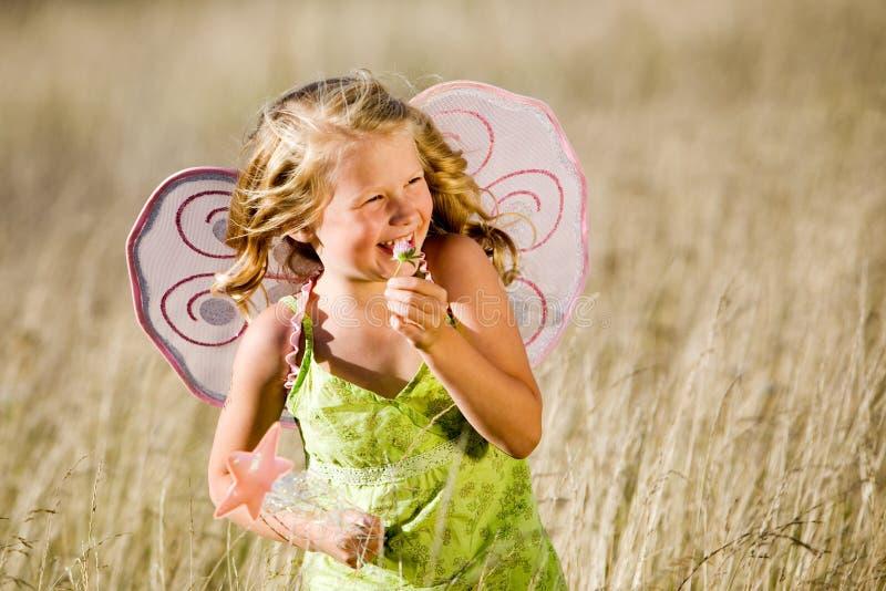 Bambina felice fotografie stock libere da diritti