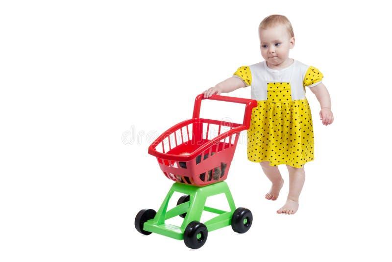 Bambina nel negozio di animali fotografia stock