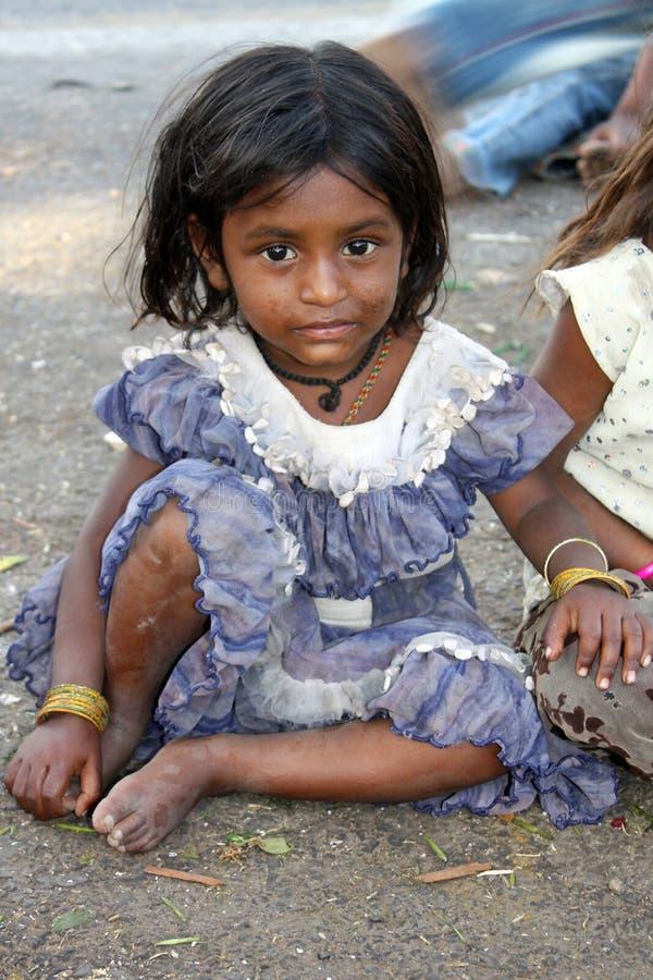 Bambina povera fotografie stock libere da diritti
