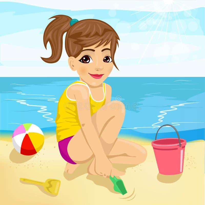 Bambina sveglia che gioca con la sabbia sulla spiaggia royalty illustrazione gratis