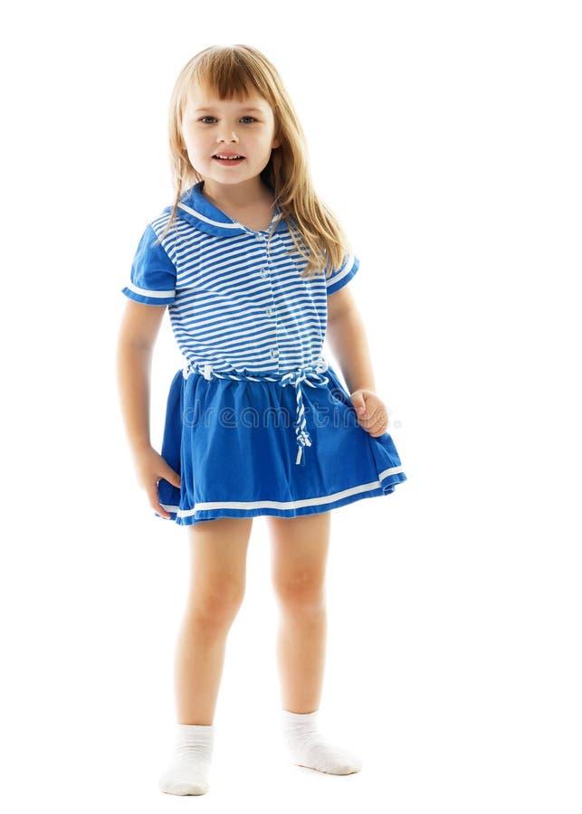 Bambina sveglia in un vestito leggero da estate fotografia stock