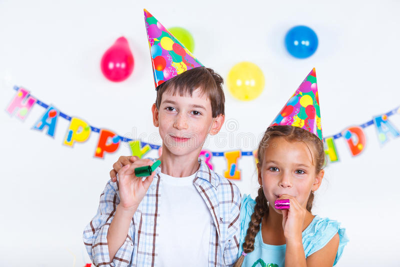 Bambini alla festa di compleanno fotografia stock