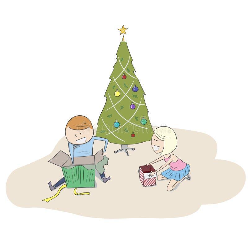 Bambini che aprono i loro regali di Natale fotografie stock libere da diritti