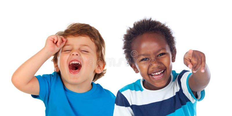 Bambini che fanno scherzo e risata fotografie stock libere da diritti