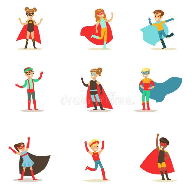 Bambini che fingono di avere superpotenze vestite in costumi del supereroe con i capi e la raccolta delle maschere di sorridere illustrazione di stock