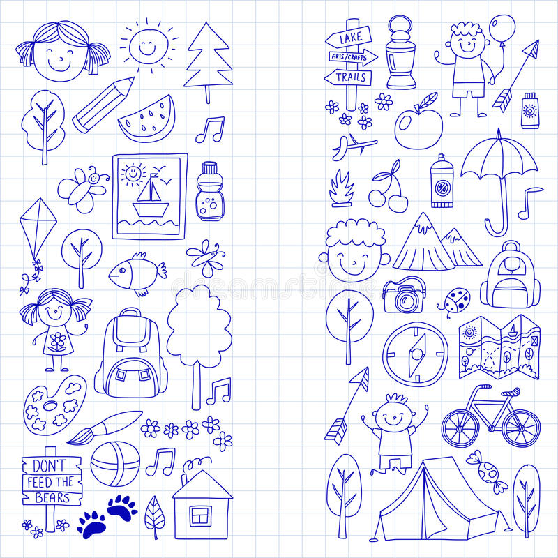 Bambini del campeggio estivo, giochi di bambini di campeggio dei bambini, facendo un'escursione, cantando, pescando, camminando,  royalty illustrazione gratis