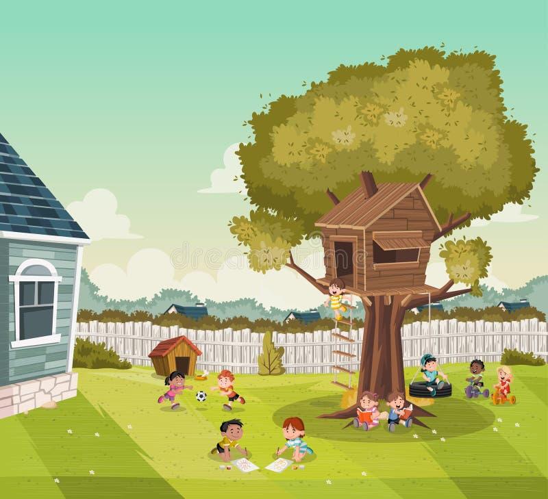 Bambini del fumetto che giocano sul cortile di una casa variopinta nella vicinanza del sobborgo Sport e ricreazione fotografia stock