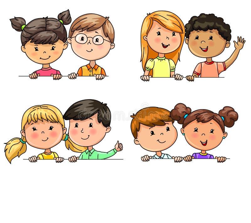 Bambini divertenti nelle nazionalità differenti di paia che tengono insegna illustrazione di stock