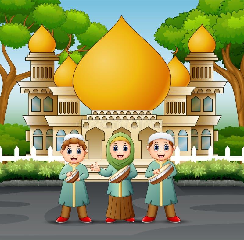 Bambini musulmani che giocano tamburino nella parte anteriore la moschea illustrazione vettoriale