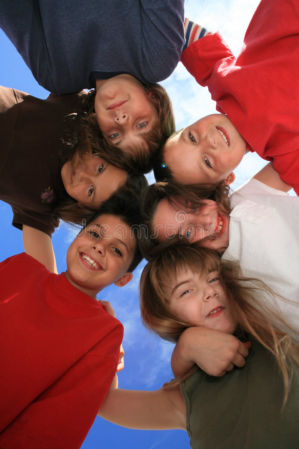 Bambini pazzeschi felici immagini stock libere da diritti