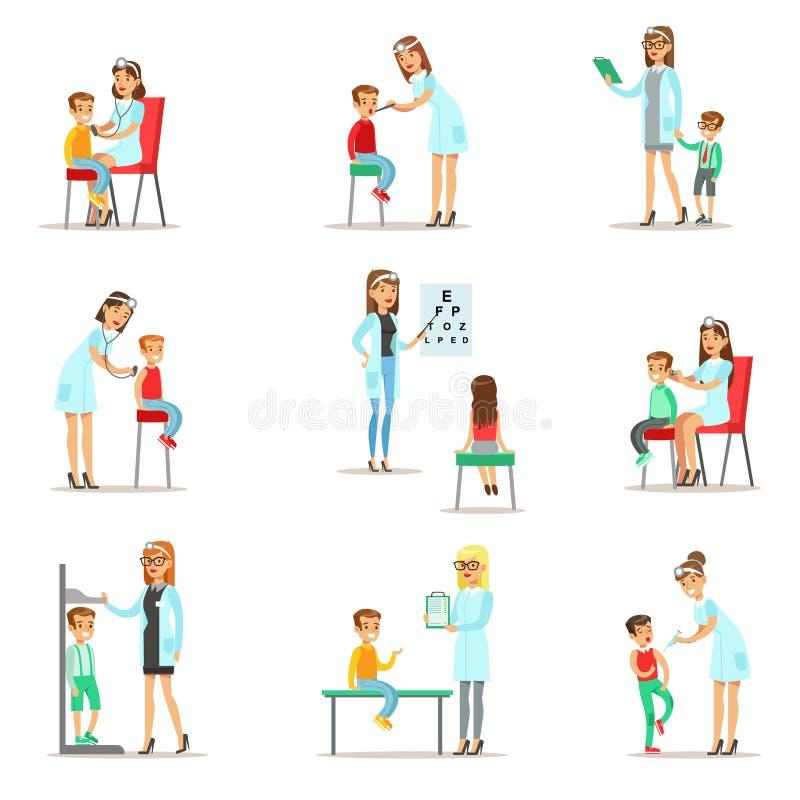 Bambini sull'esame con l'esame femminile di Doctors Doing Physical del pediatra per la salute della scuola materna royalty illustrazione gratis