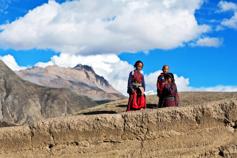 Bambini tibetani, Nepal fotografie stock