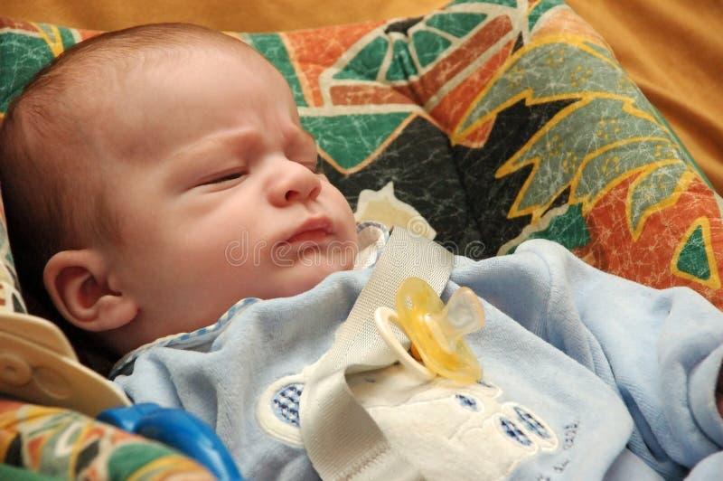 Download Bambino addormentato. fotografia stock. Immagine di adorable - 205798