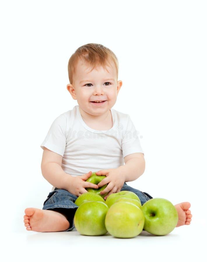 Bambino adorabile con alimento sano fotografie stock libere da diritti