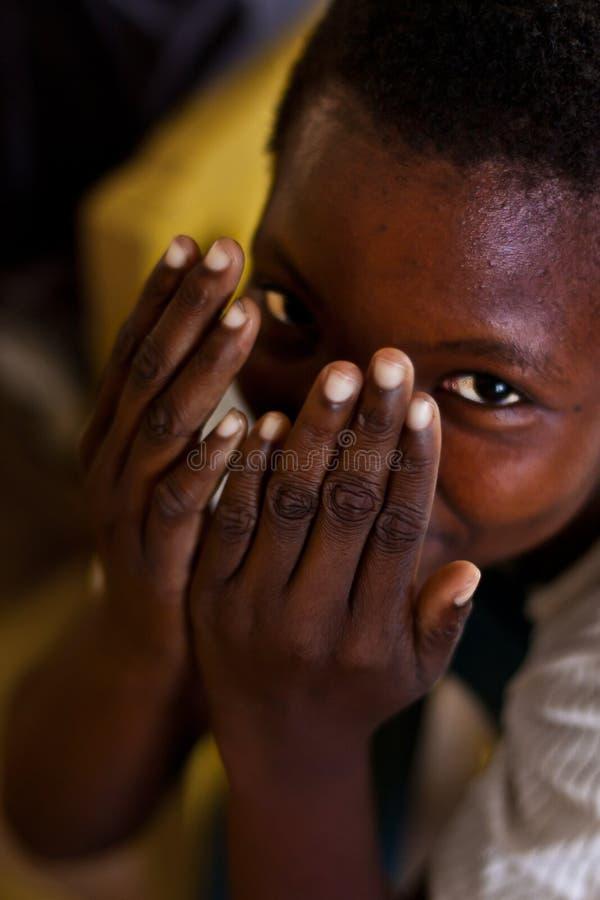 Bambino africano sorridente immagine stock