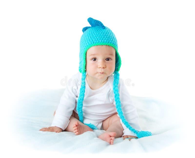 Download Bambino In Cappello Del Dinosauro Immagine Stock - Immagine di sguardo, drago: 56875409