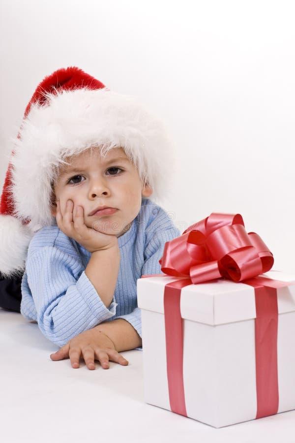 Bambino in cappello della Santa immagini stock