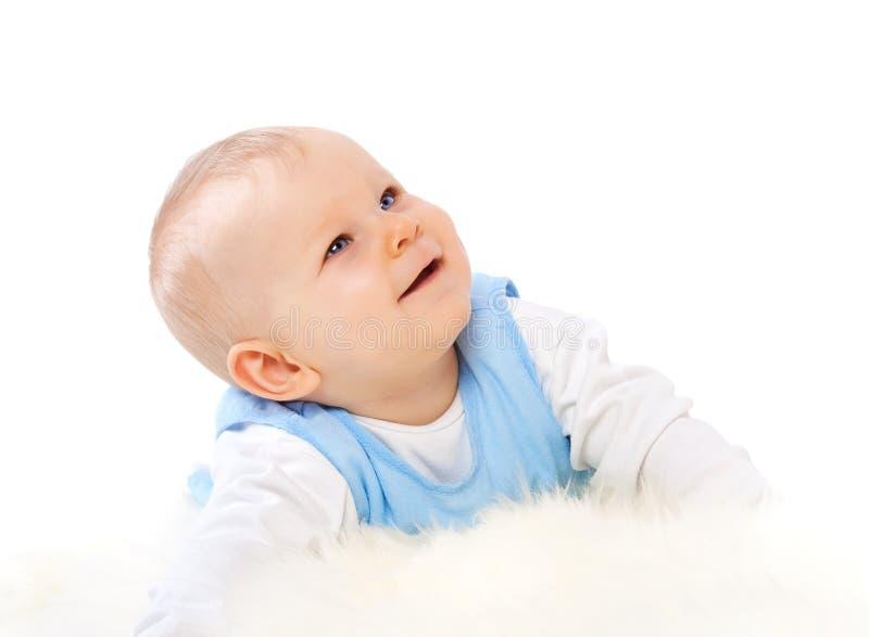 Bambino che osserva in su fotografie stock libere da diritti