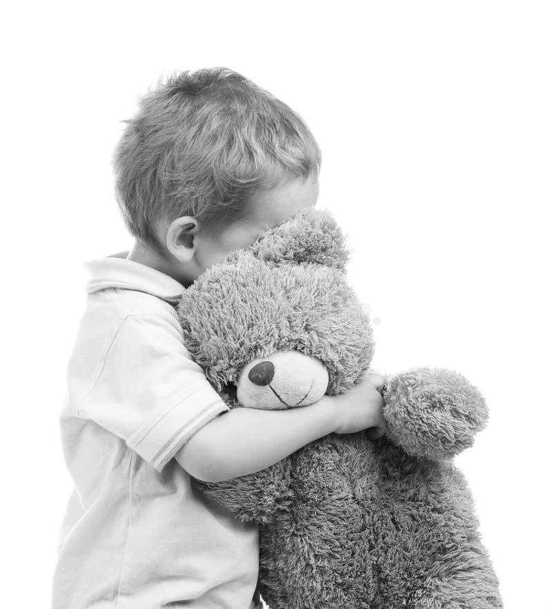 Bambino con l'orso fotografie stock libere da diritti