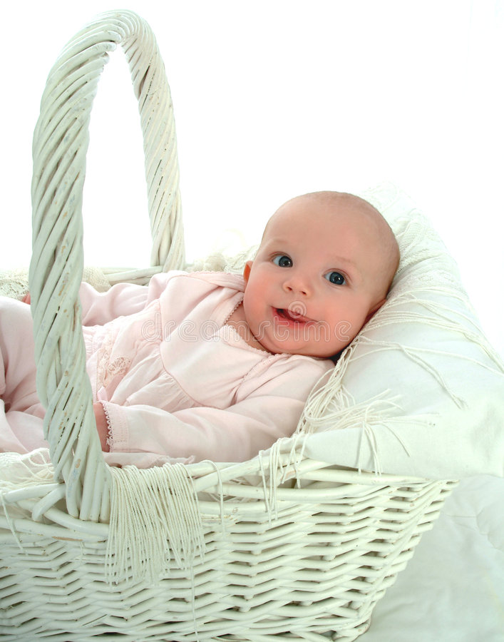 Bambino del cestino di vimini fotografia stock