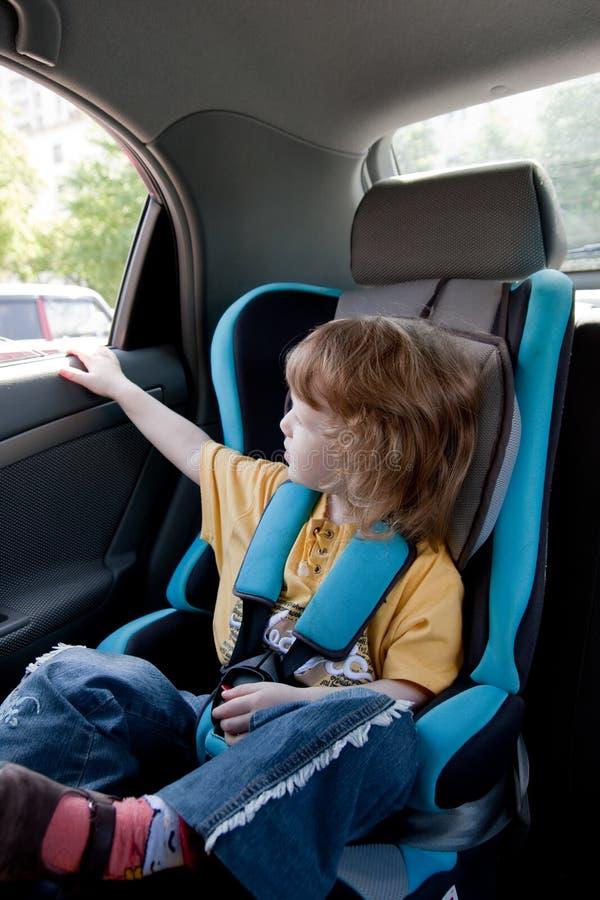 bambino dell'automobile immagini stock