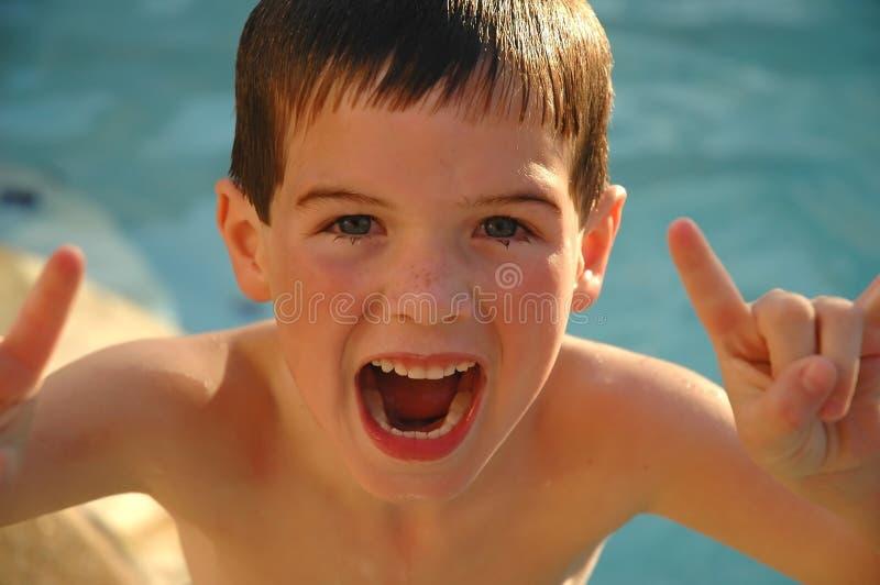 Bambino emozionante immagine stock
