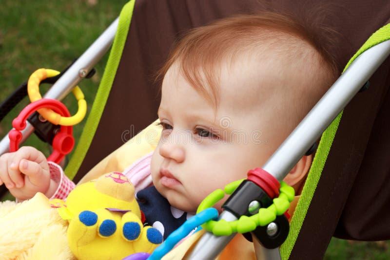 Bambino Nello Stare Del Passeggiatore Fotografie Stock