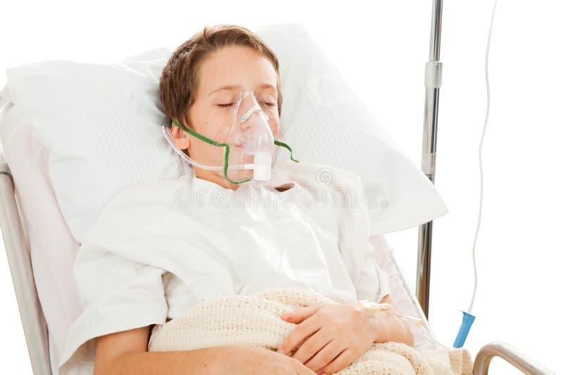 Bambino in ospedale fotografie stock