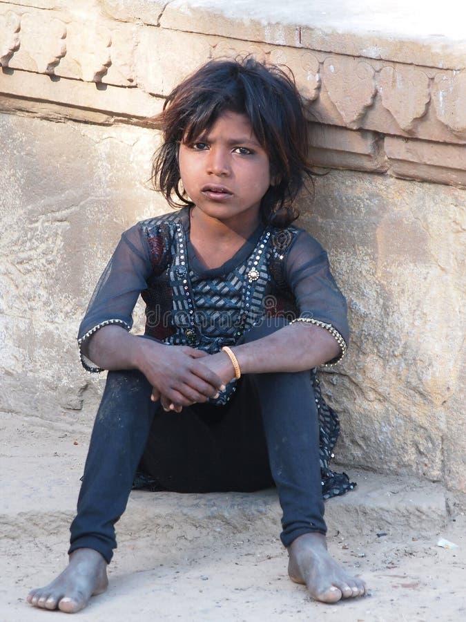 Bambino povero immagini stock libere da diritti