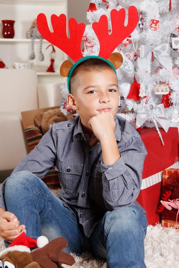 Bambino sveglio al Natale immagine stock libera da diritti