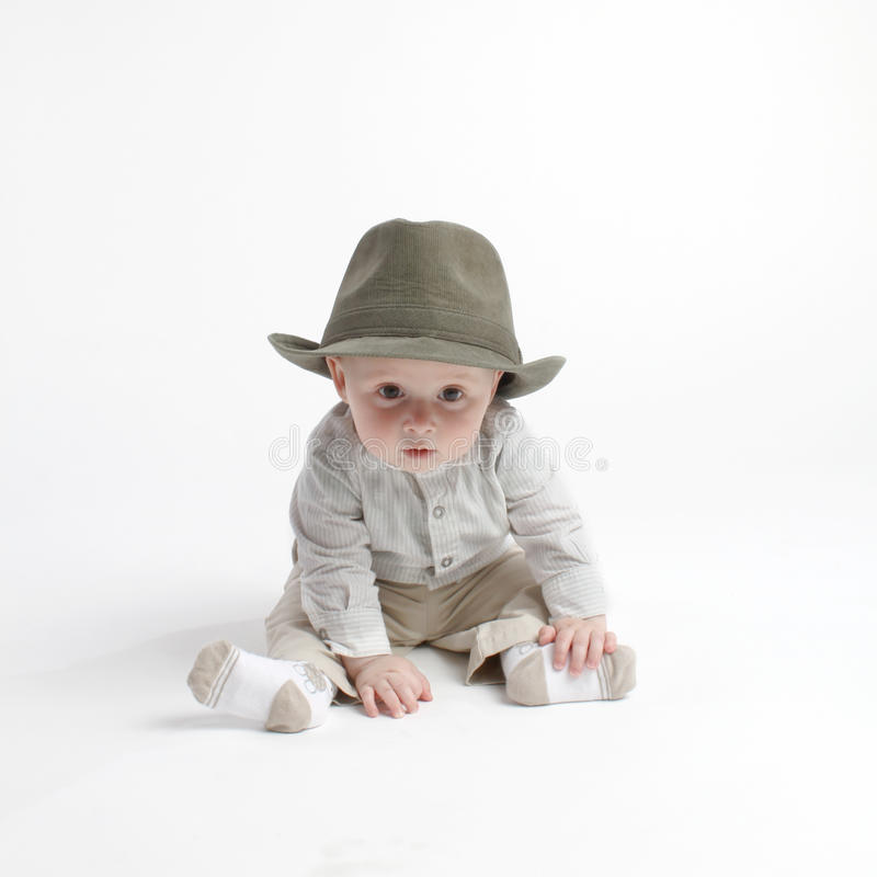 Bambino sveglio in cappello fotografia stock