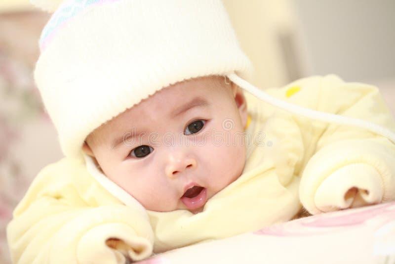 bambino sveglio dell'Asia fotografie stock libere da diritti