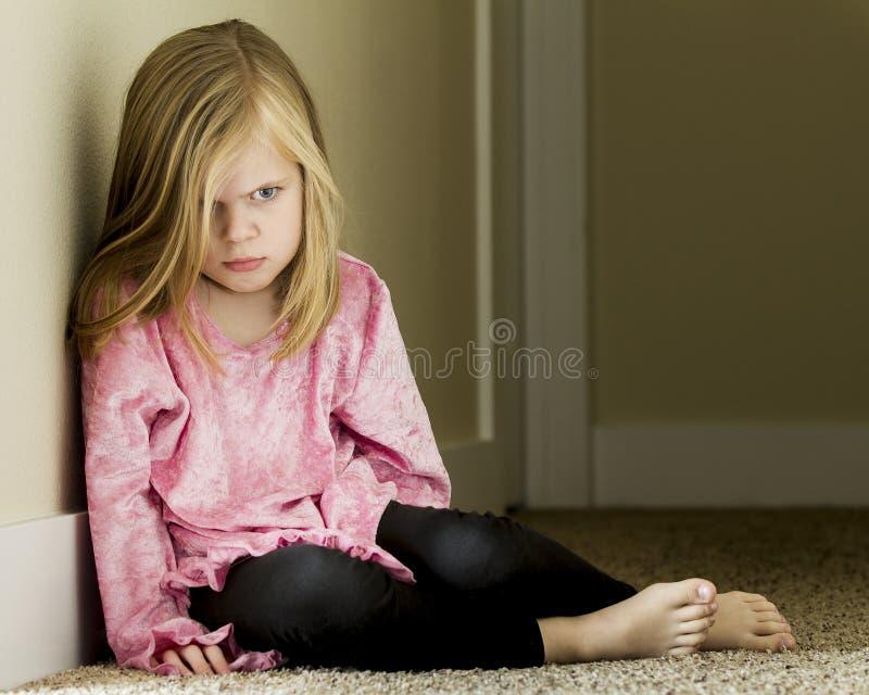 Bambino triste immagini stock