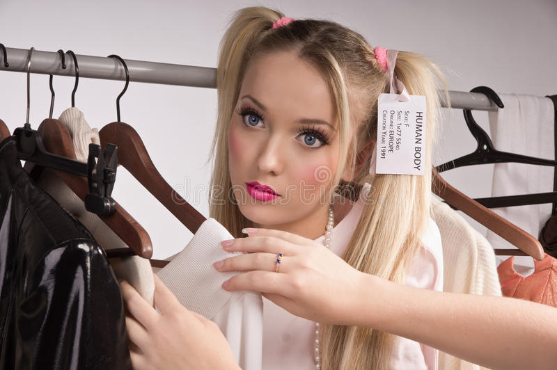 Bambole dell'acquisto immagine stock