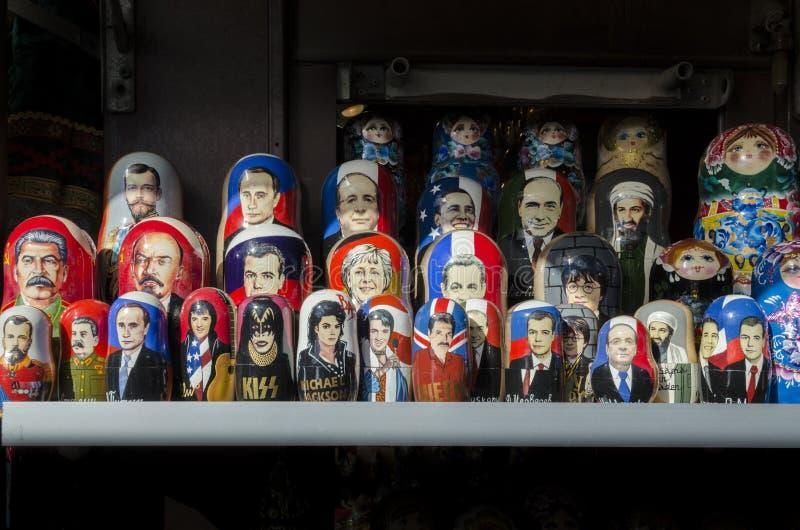 Bambole russe di legno immagine stock