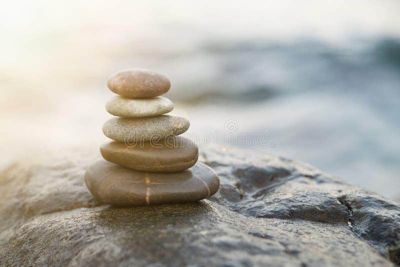 bamboo stones zen 和平佛教凝思标志 放松 库存图片