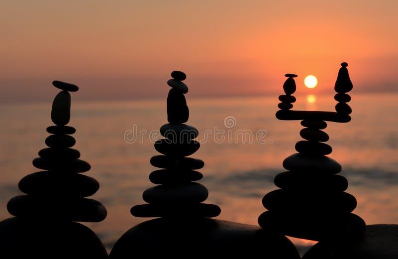 Download Bamboo stones zen arkivfoto. Bild av färgglatt, semester - 78732076