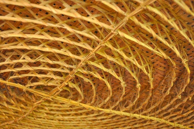 Bambu que tece na forma do círculo para a decoração do teto imagem de stock