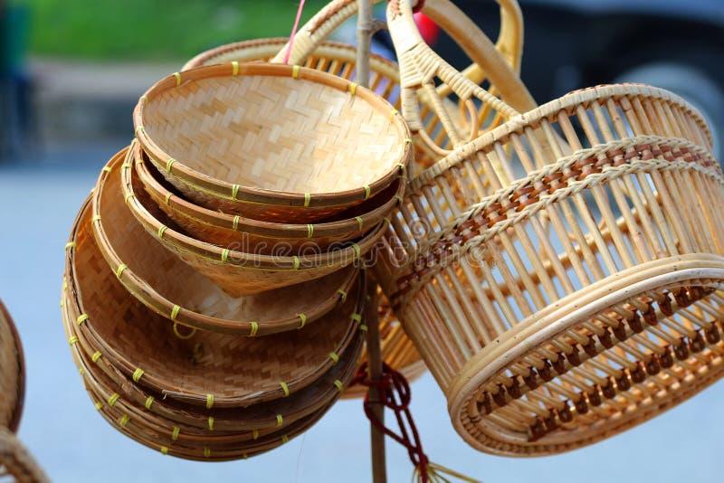 Bambukorg, vishet i Thailand som göras från bambu royaltyfria foton